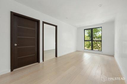 5811 6th Avenue Interior Photo