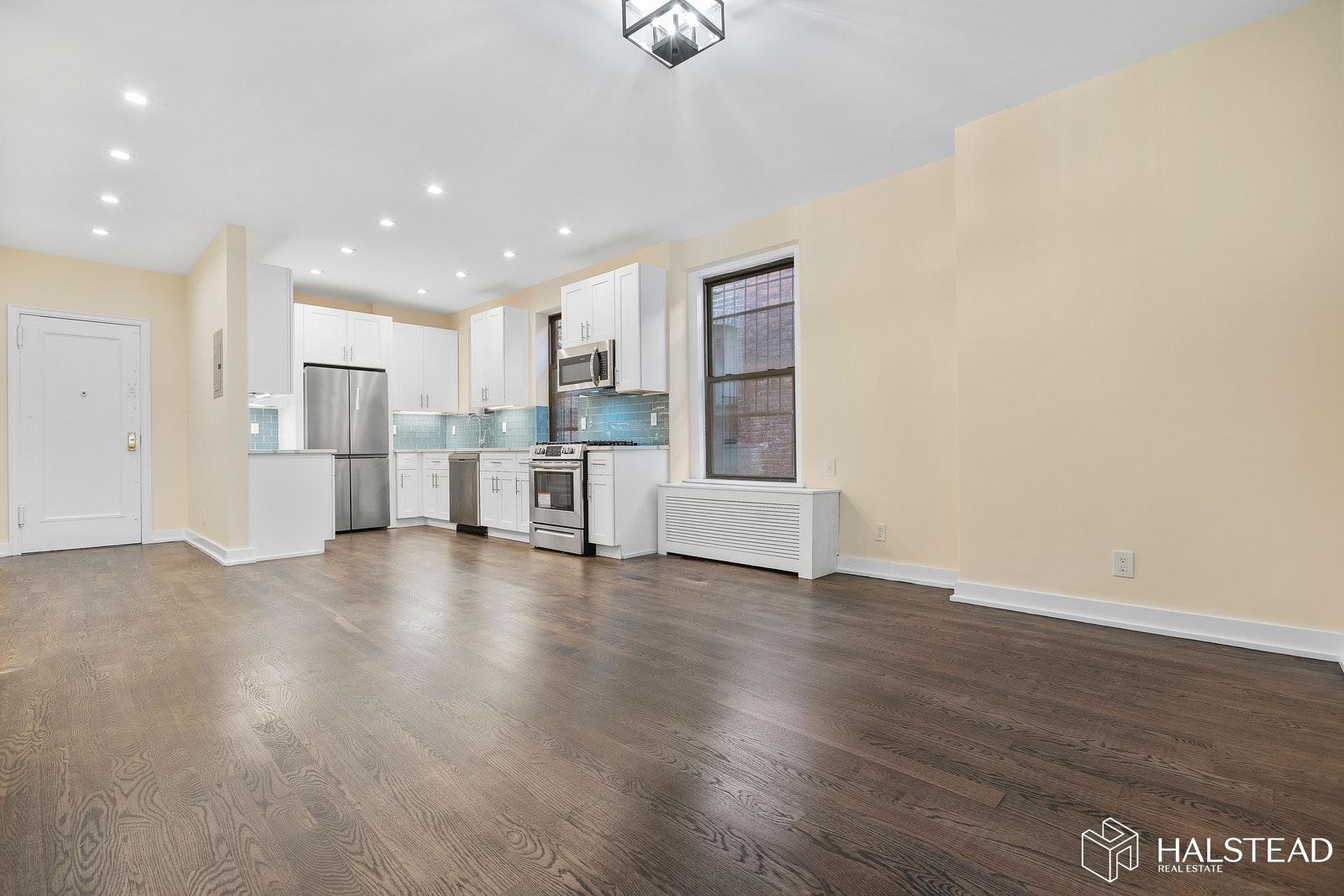 211 WEST 102ND STREET, Upper West Side, $4,195, Web #: 19979514