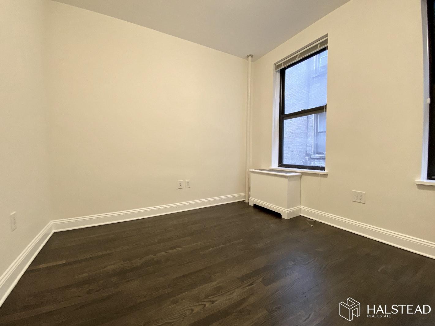 211 WEST 102ND STREET 3C, Upper West Side, $4,075, Web #: 20007764