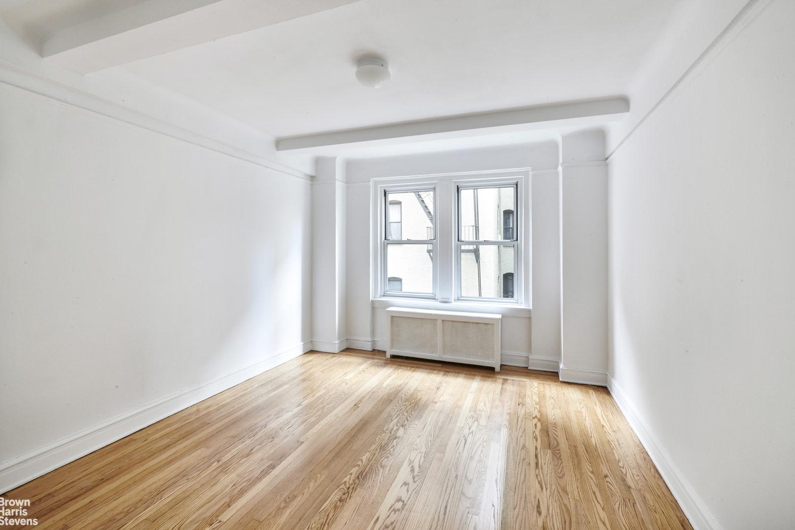163 EAST 81ST STREET 2C, Upper East Side, $750,000, Web #: 20017110