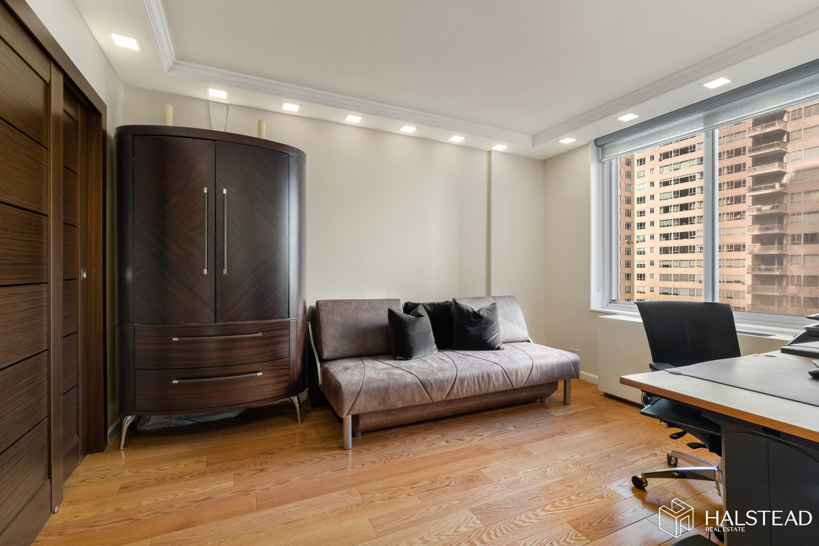220 EAST 65TH STREET 9H, Upper East Side, $1,700,000, Web #: 20023356