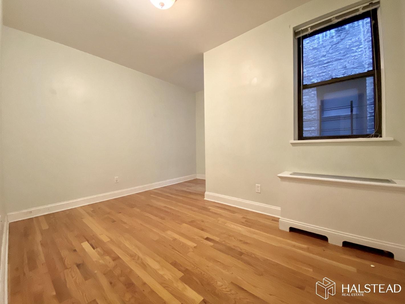 211 WEST 102ND STREET 3F, Upper West Side, $4,535, Web #: 20027807