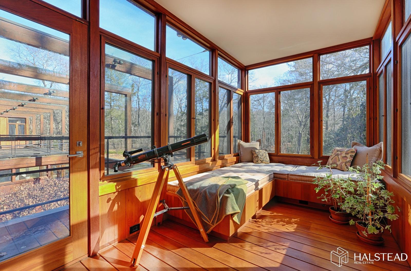 24 MIDWAY LANE, Pound Ridge, $3,800,000, Web #: 20028496