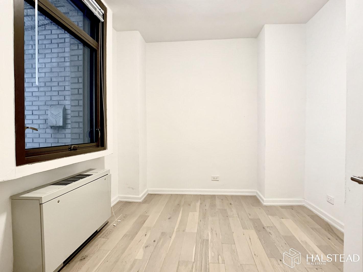 4 PARK AVENUE 4J, Midtown East, $3,250, Web #: 20043031