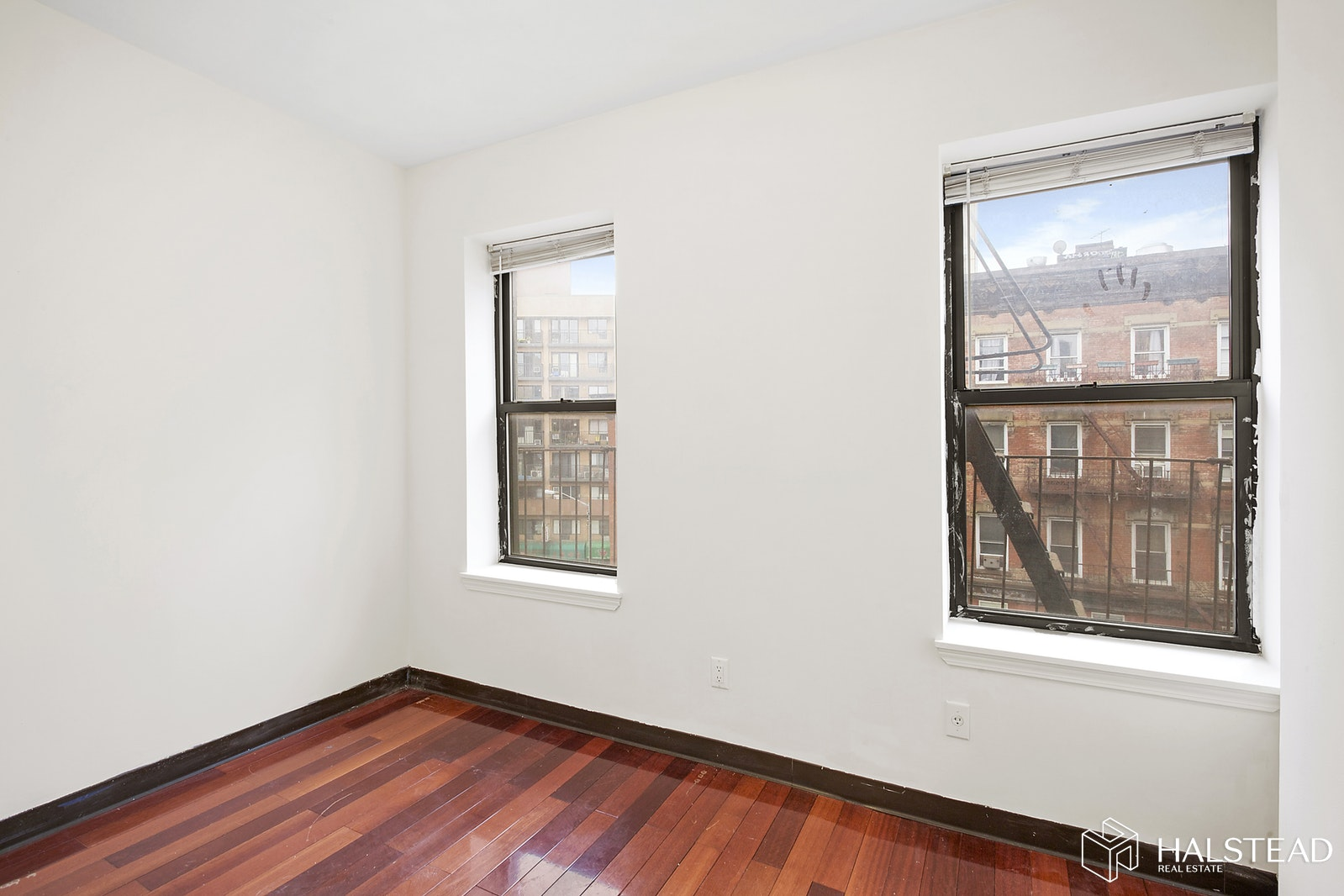 43 CANAL STREET 4TH, Lower East Side, $3,450, Web #: 20046078