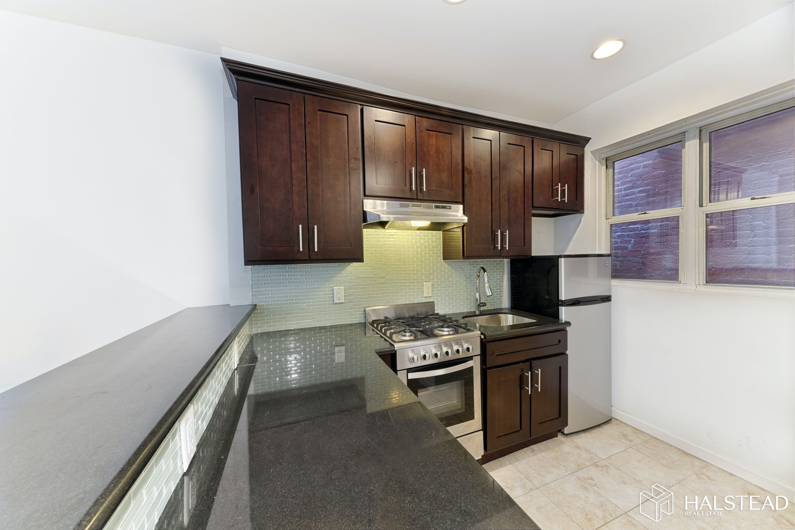 406 WEST 51ST STREET 4C, Midtown West, $2,900, Web #: 20052578