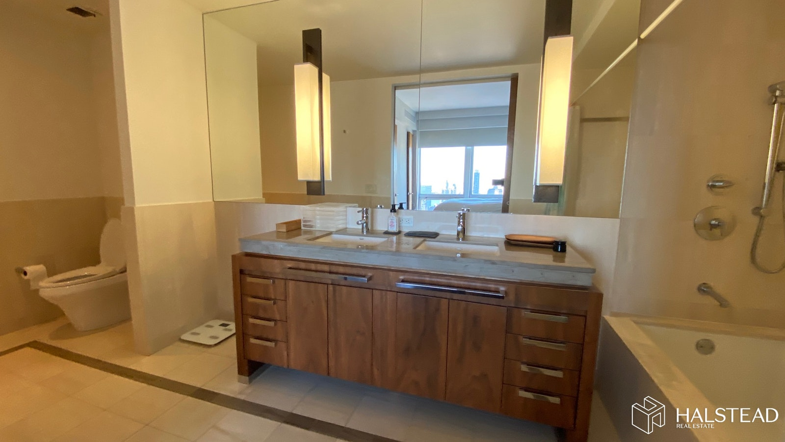 HIGHRISE RIVER, CITY VIEWS ON 5TH AVE, Midtown East, $5,000, Web #: 20059667