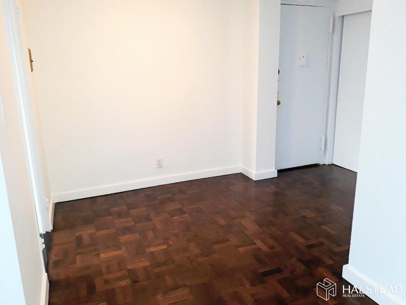 65 WEST 55TH STREET 12G, Midtown West, $3,350, Web #: 20064183