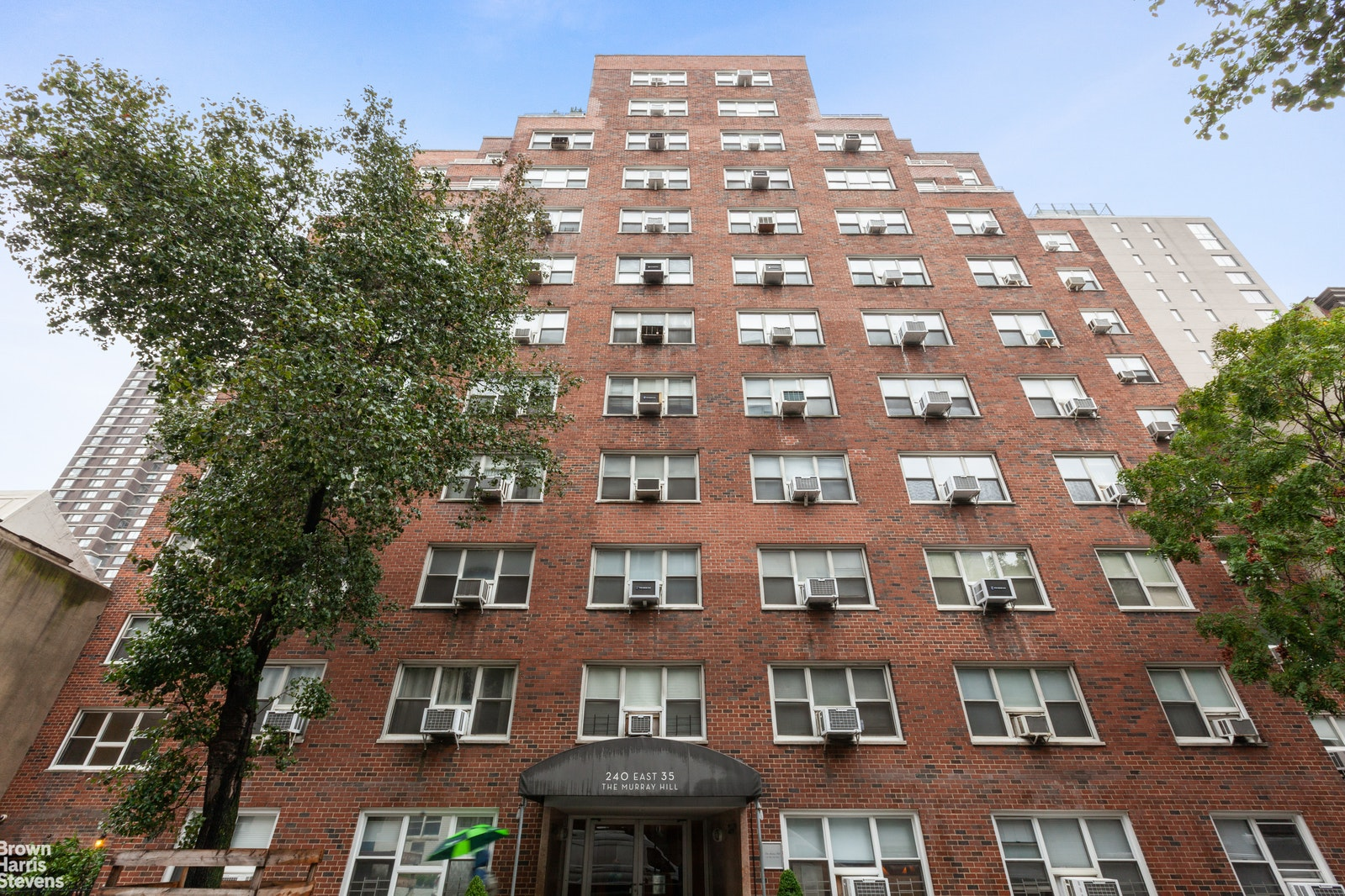 240 EAST 35TH STREET 12F, Midtown East, $375,000, Web #: 20095618