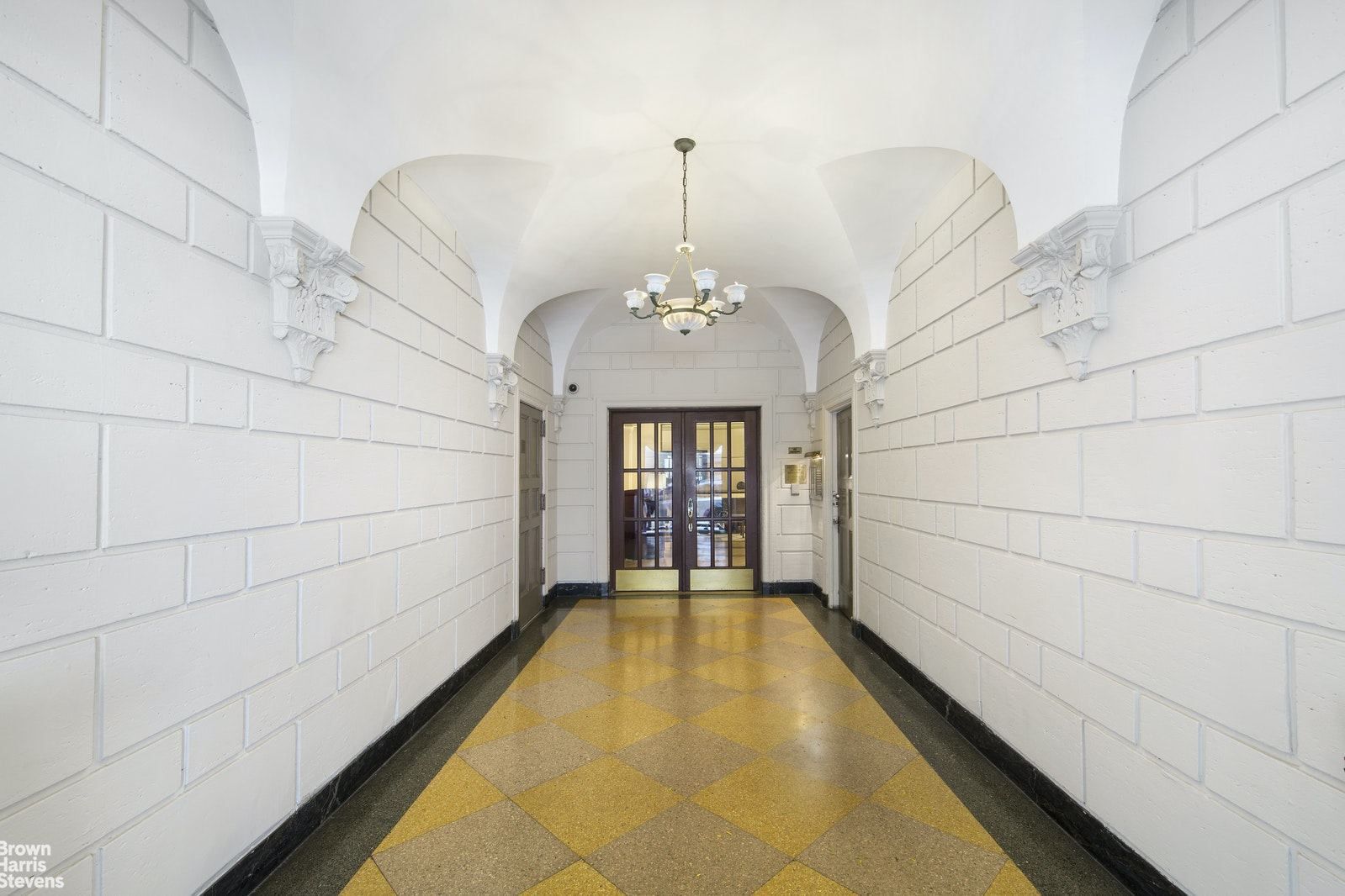 161 WEST 75TH STREET 11F, Upper West Side, $1,625,000, Web #: 20110517