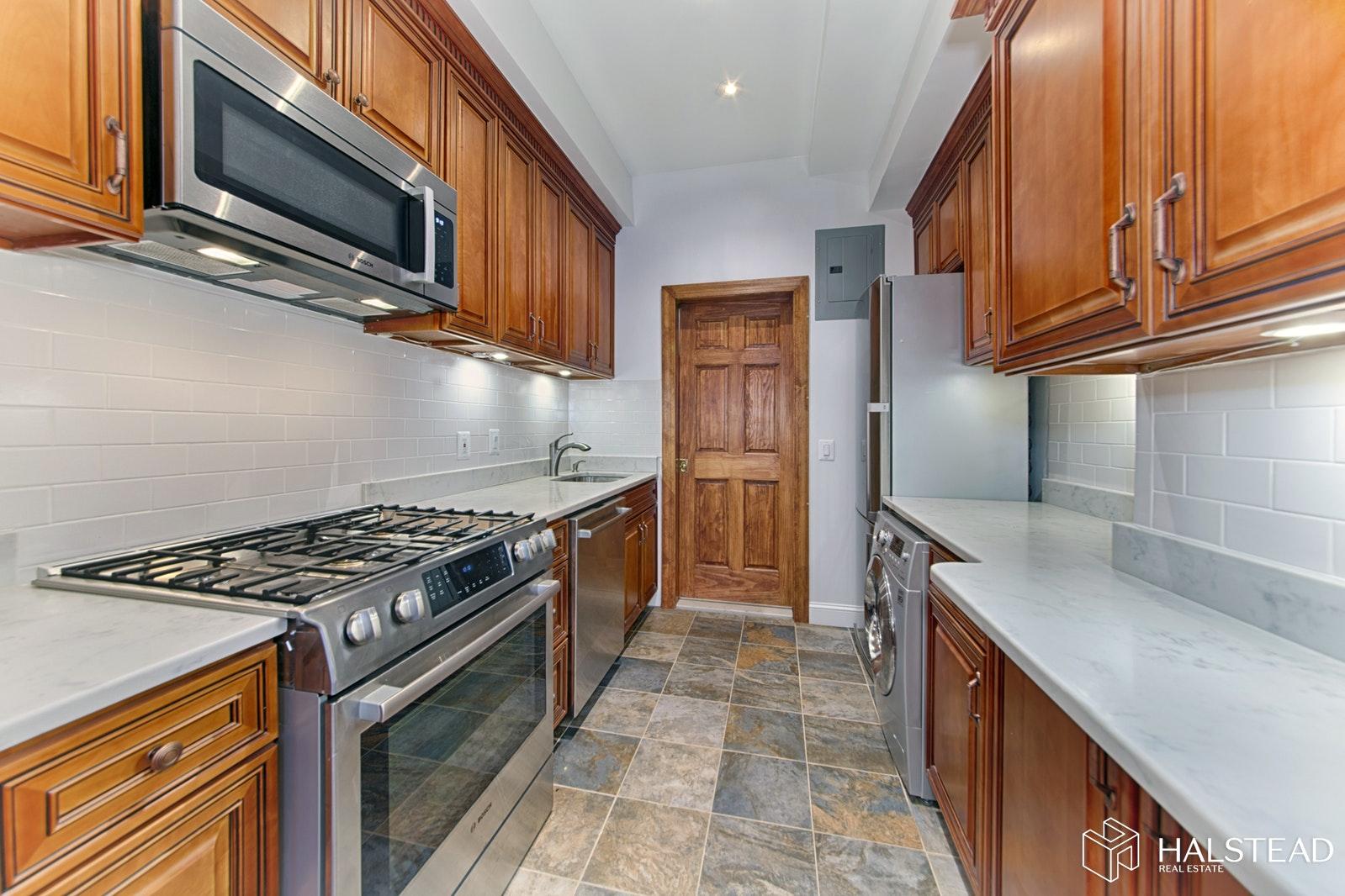 345 WEST 84TH STREET 5, Upper West Side, $2,700, Web #: 20115928
