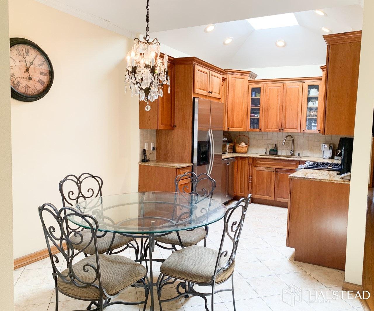 2434 EAST 27TH STREET, Sheepshead Bay, $939,000, Web #: 20125635