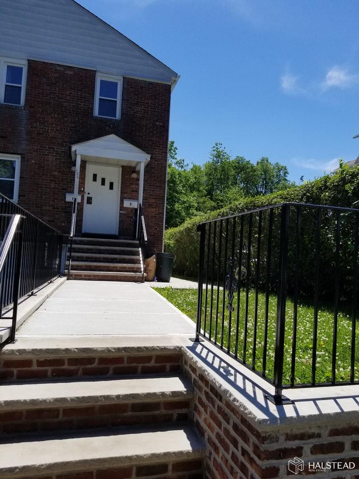 186 HOOVER AVENUE 1, Bloomfield, $2,300, Web #: 20133763