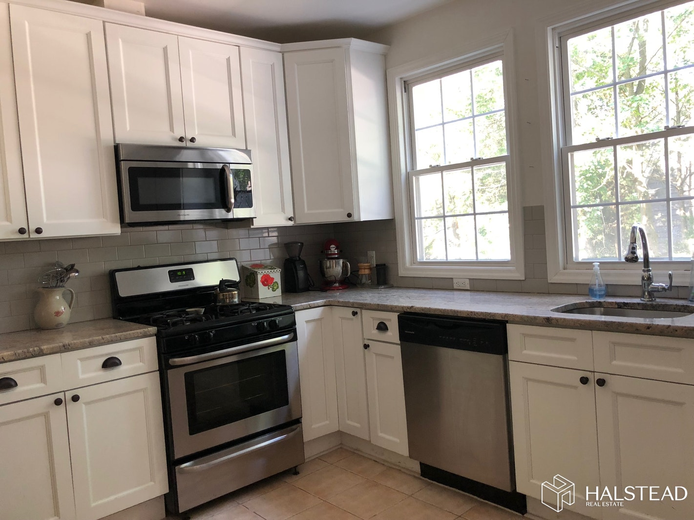 37 BROOKFIELD RD 1, Montclair, $2,350, Web #: 20134618