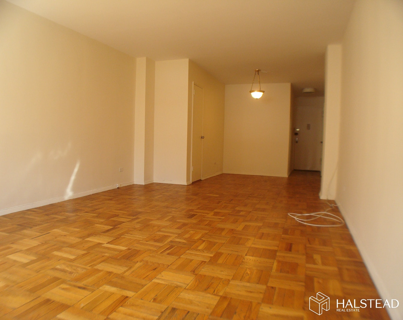 320 EAST 54TH STREET, Midtown East, $3,070, Web #: 20141034
