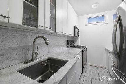 Apartment for sale at 392 Central Park West, Apt 18B