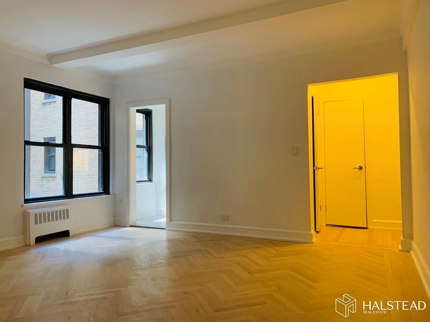 230 EAST 48TH STREET 2D, Midtown East, $3,200, Web #: 20152024