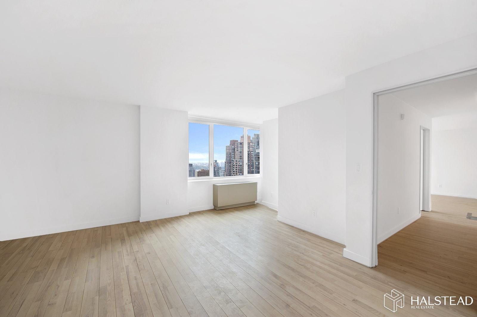 322 WEST 57TH STREET 51F, Midtown West, $6,600, Web #: 20153932