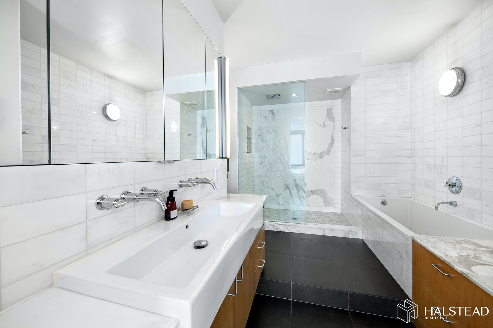 111 WEST 67TH STREET 26A, Upper West Side, $23,995, Web #: 20187387