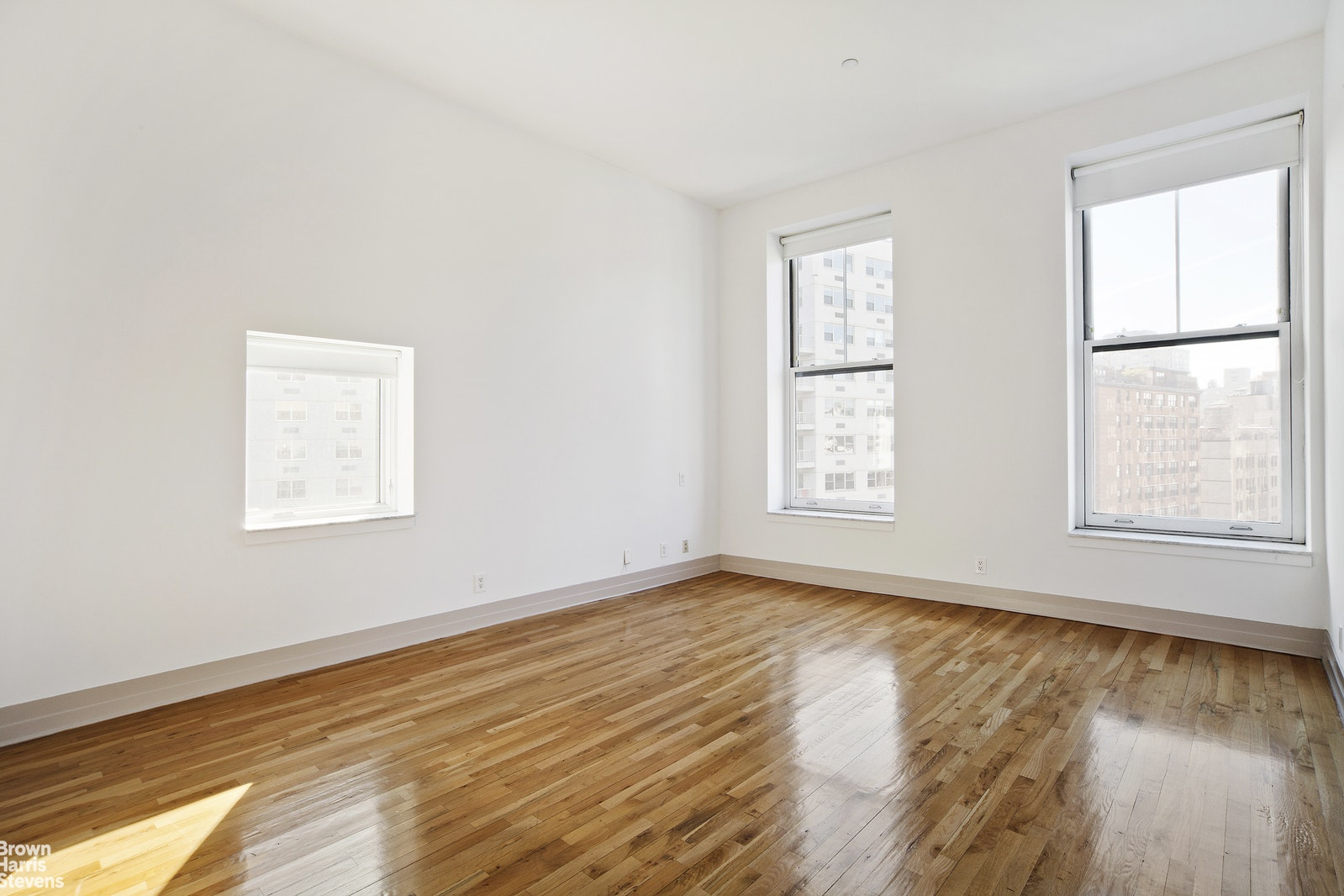 80 FOURTH AVENUE PHB, Greenwich Village, $6,900, Web #: 20196333