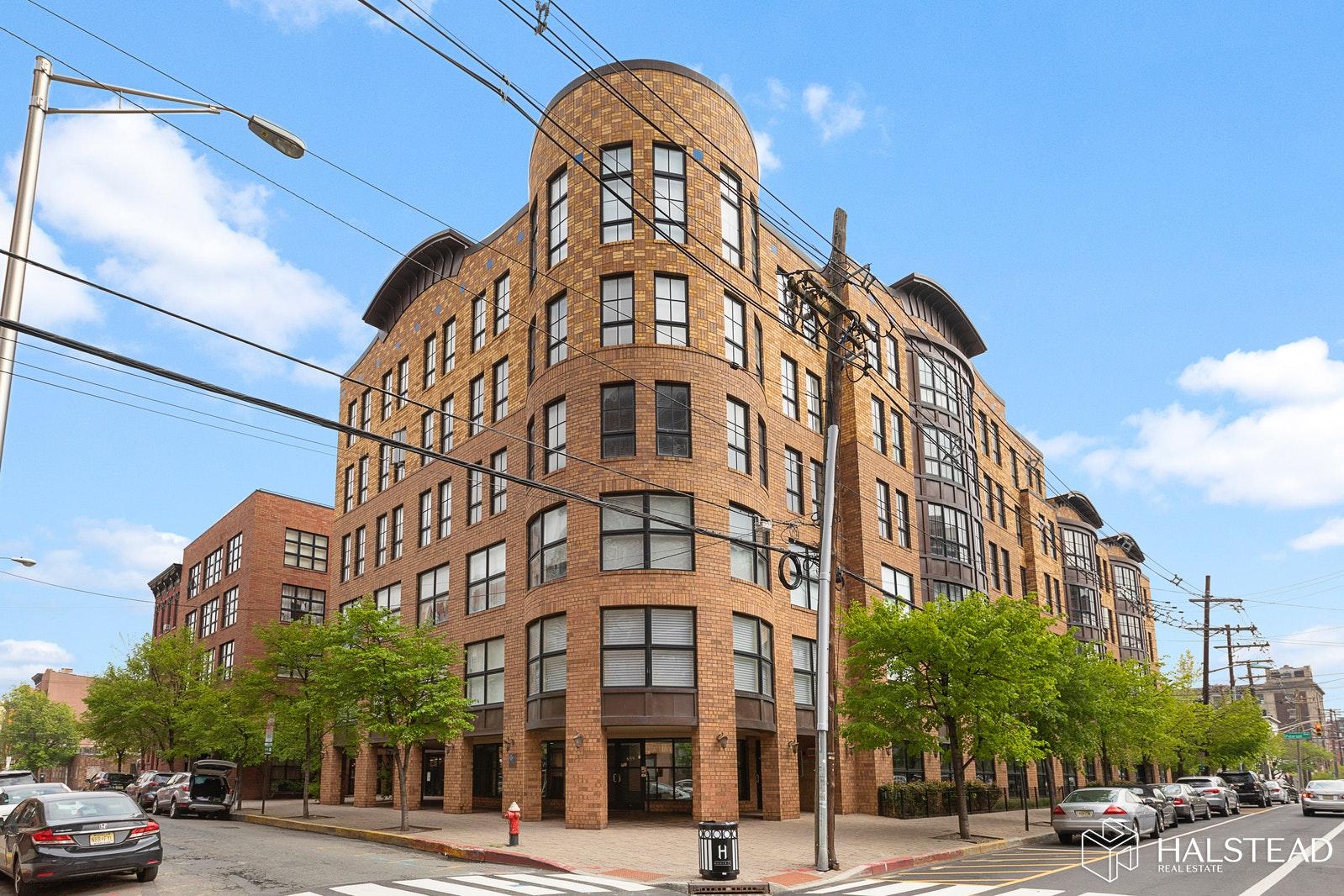 659 1ST ST 213, Hoboken, $950,000, Web #: 20206351
