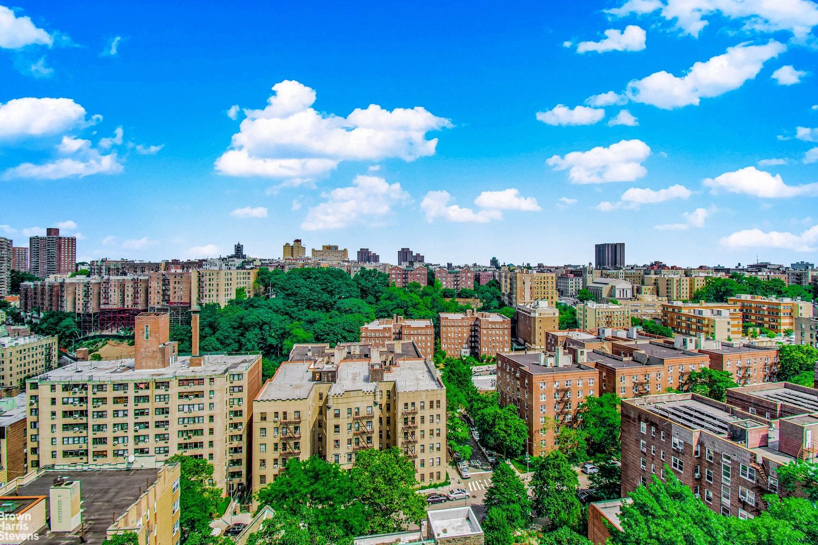 100 OVERLOOK TERRACE 812, Washington Heights, $675,000, Web #: 20206752