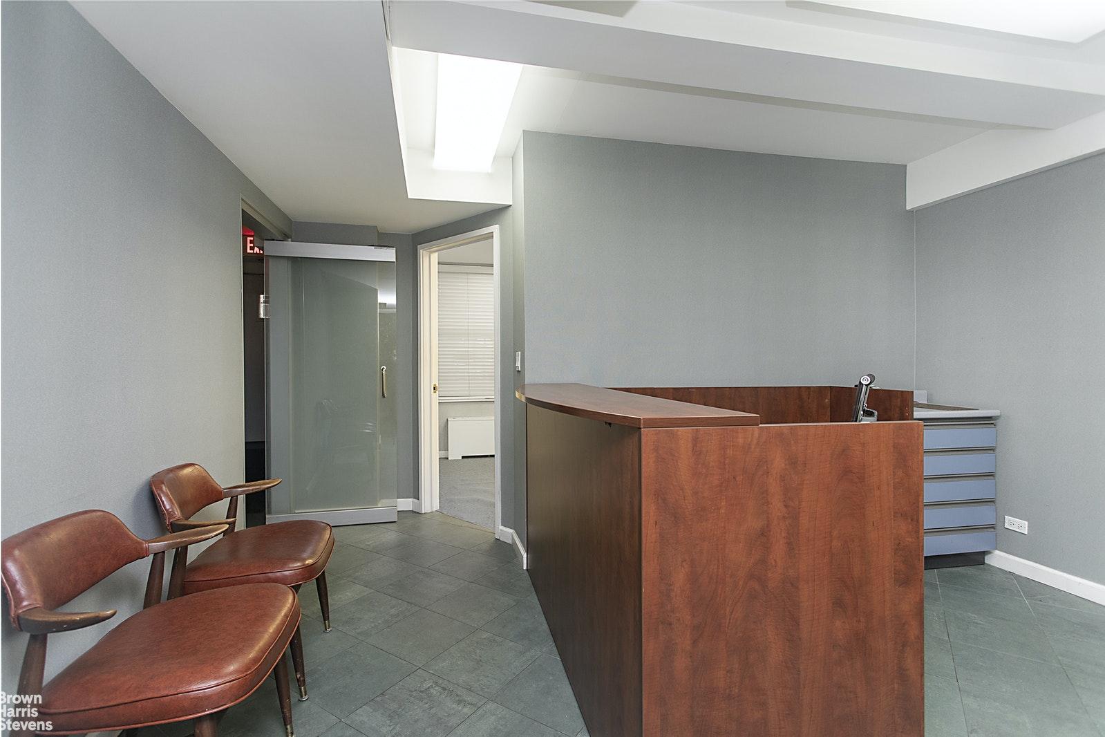210 EAST 73RD STREET 1C, Upper East Side, $1,450,000, Web #: 20234071