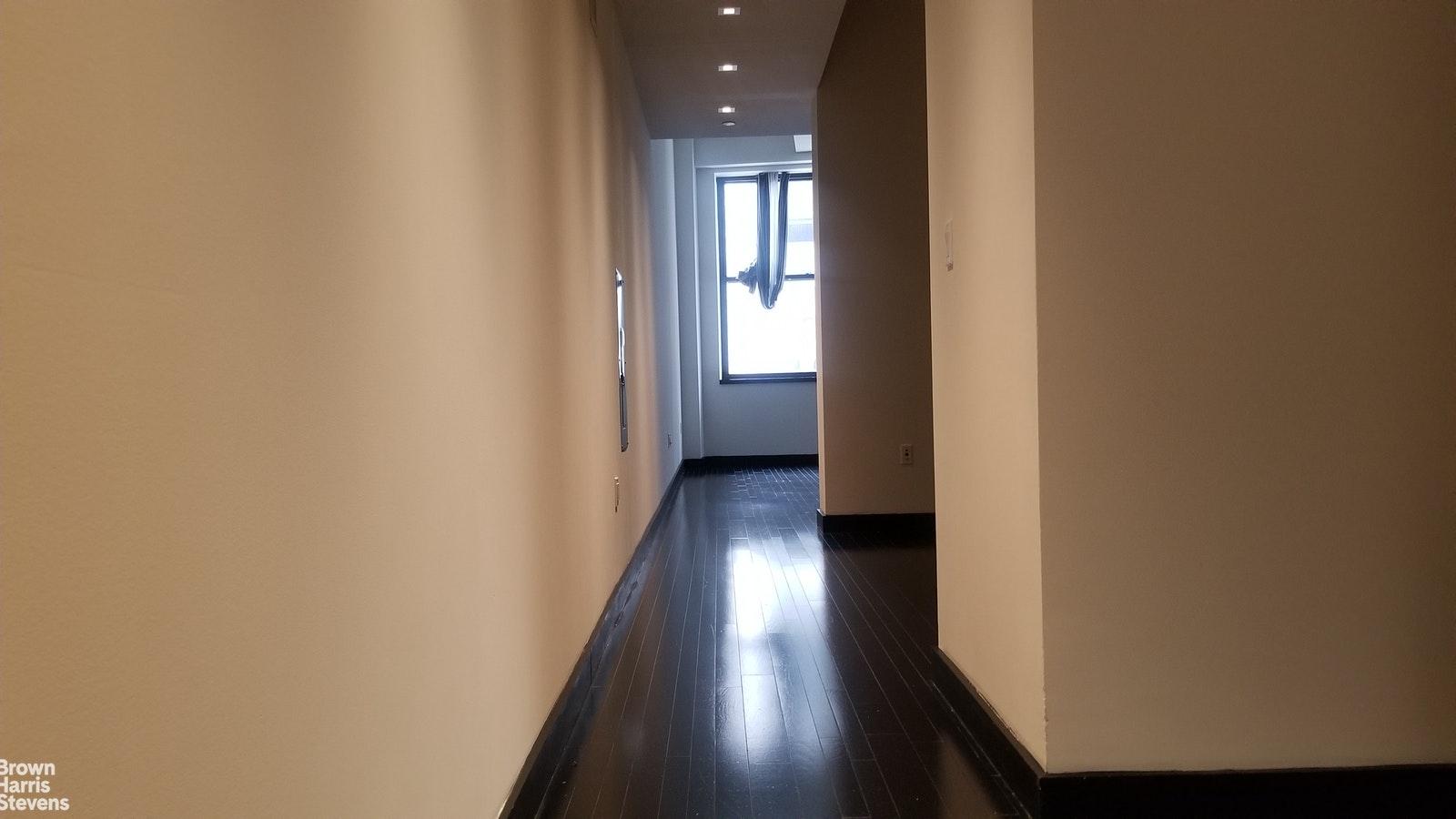 20 PINE STREET 715, Financial District, $3,000, Web #: 20236317