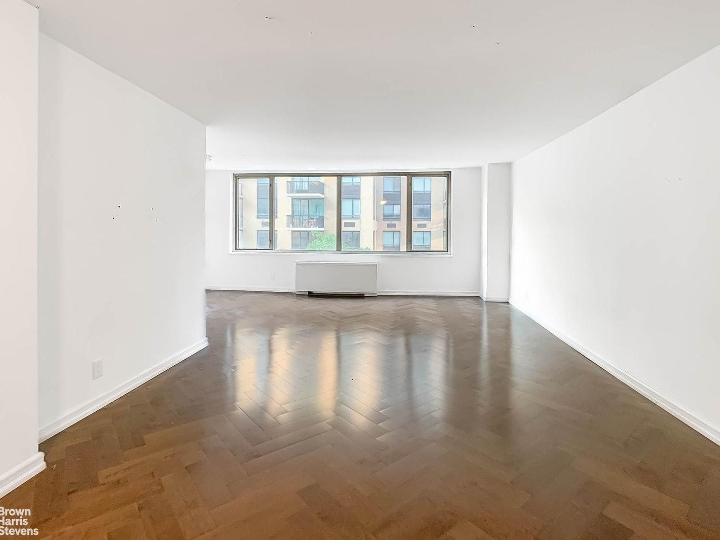 160 EAST 84TH STREET, Upper East Side, $5,571, Web #: 20275918