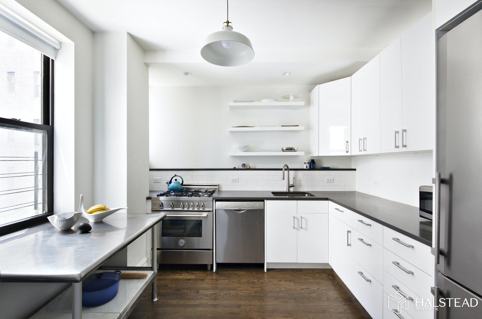 225 LINCOLN PLACE 2C, Park Slope, $3,300, Web #: 20280864