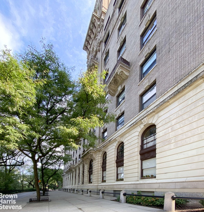 380 RIVERSIDE DRIVE 1J, Morningside Heights, $3,700, Web #: 20295571