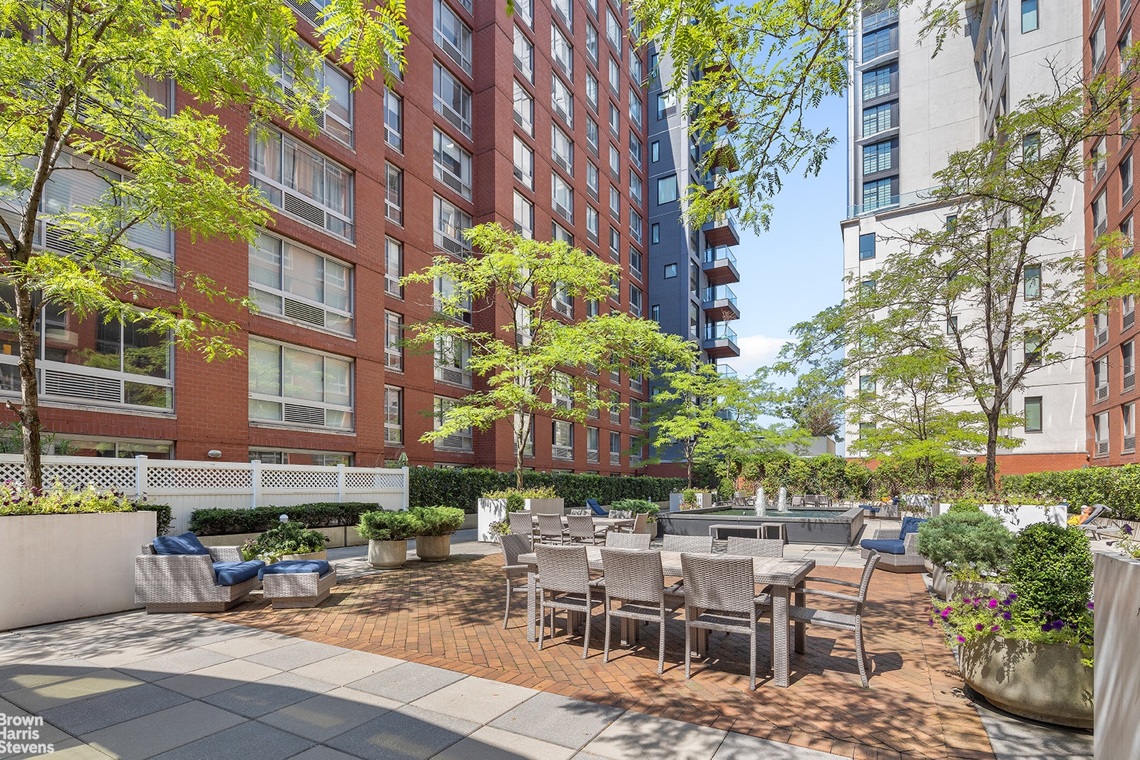 555 WEST 23RD STREET S7N, Chelsea, $699,000, Web #: 20295643