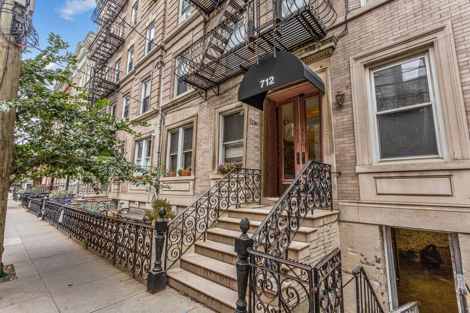 712 WILLOW AVE 5C, Hoboken, $425,000, Web #: 20321350