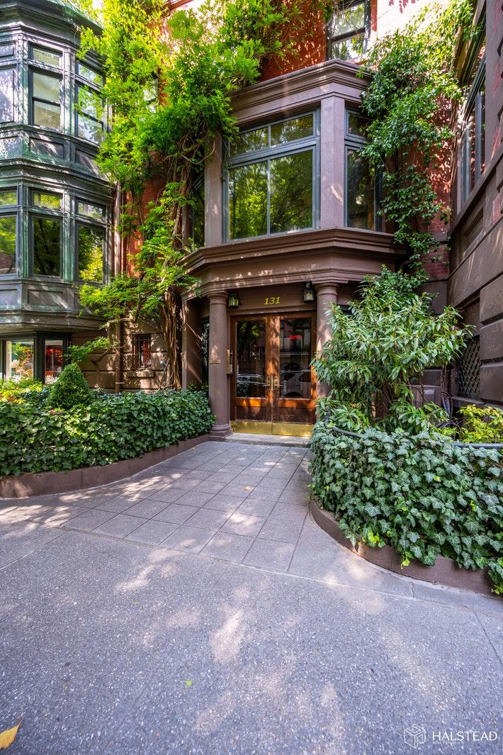 131 EAST 70TH STREET PENTHOUSE, Upper East Side, $10,000, Web #: 20353809