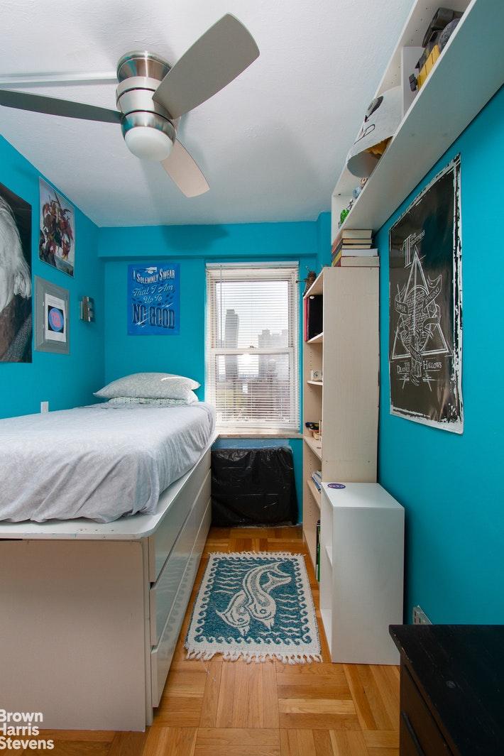 166 EAST 35TH STREET 14E, Midtown East, $3,500, Web #: 20355127