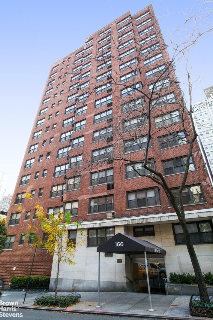 166 EAST 35TH STREET 16F, Midtown East, $2,800, Web #: 20359143
