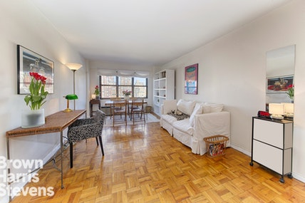 240 EAST 76TH STREET 15T