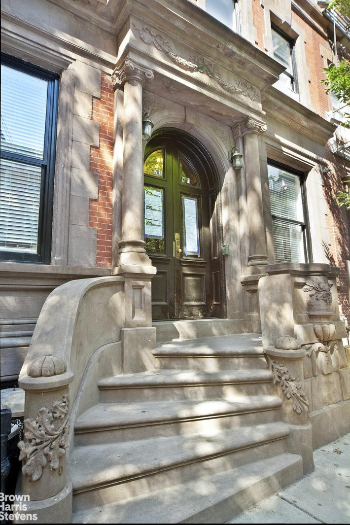 283 WEST 11TH STREET 4W, West Village, $5,000, Web #: 20369216
