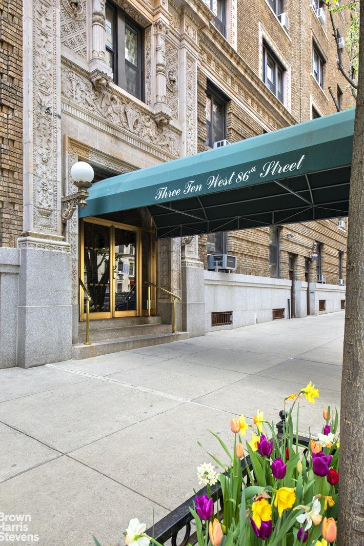 310 WEST 86TH STREET 3B, Upper West Side, $3,400,000, Web #: 20378245