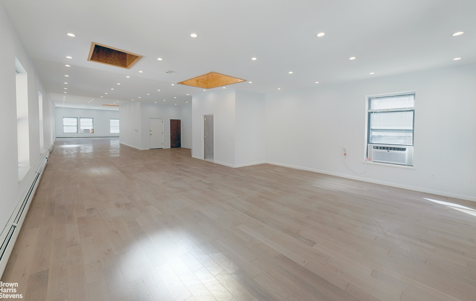 807 SIXTH AVENUE 3, Midtown West, $7,000, Web #: 20414689