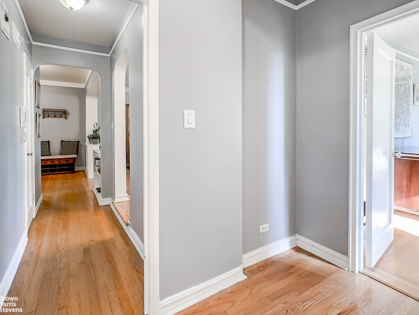 76 -35 113TH STREET, Forest Hills, $369,000, Web #: 20429253