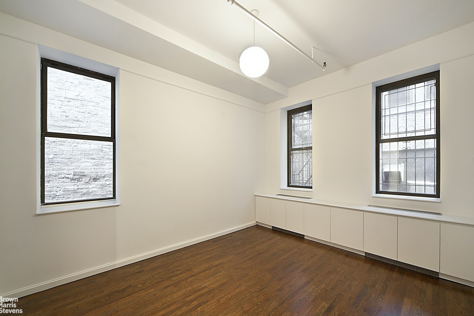 12 WEST 18TH STREET 8E, Flatiron, $2,250,000, Web #: 20456383