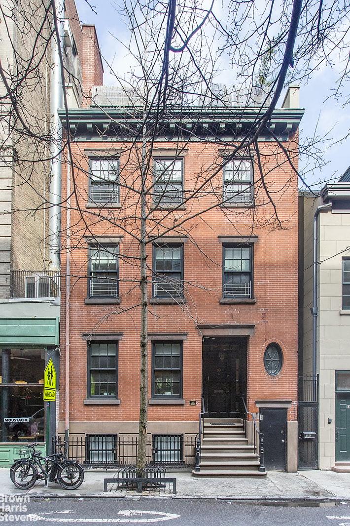 88 BEDFORD STREET TOWNHOUSE, West Village, $25,000, Web #: 20488089