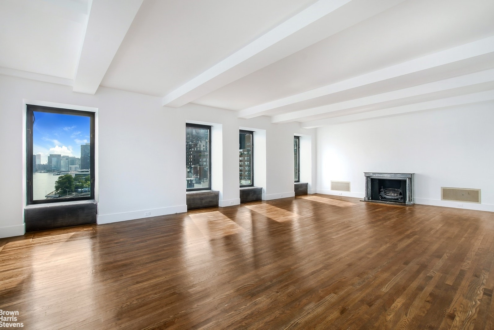 450 EAST 52ND STREET 9THFLOOR, Midtown East, $3,500,000, Web #: 20493749
