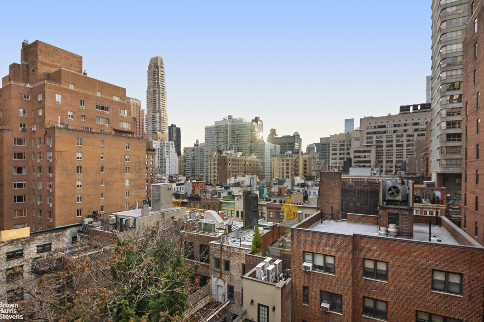 114 EAST 72ND STREET 12A, Upper East Side, $2,175,000, Web #: 20493920