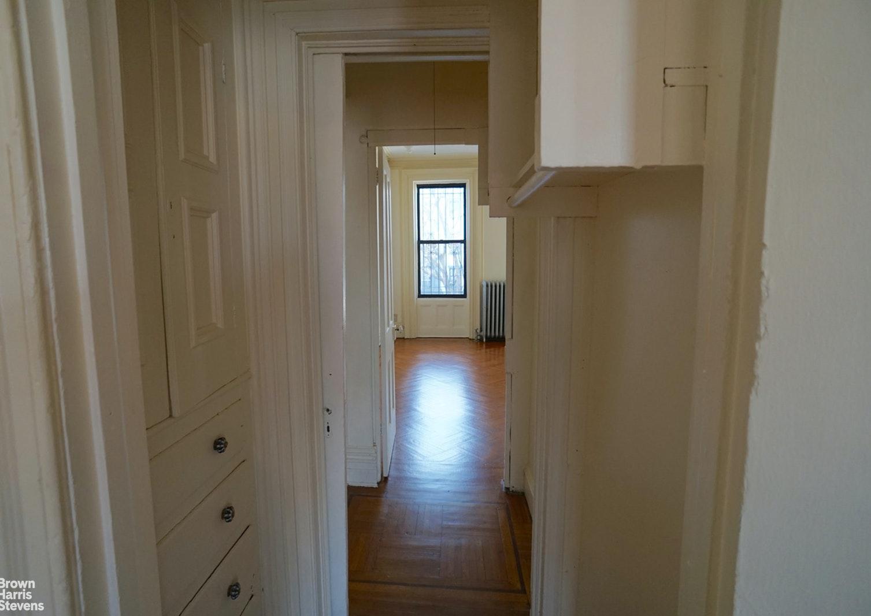 468 WASHINGTON AVENUE 2, Clinton Hill, $2,000, Web #: 20511254