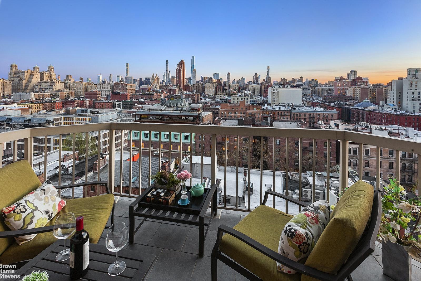 160 WEST 86TH STREET 12A, Upper West Side, $3,500,000, Web #: 20526048
