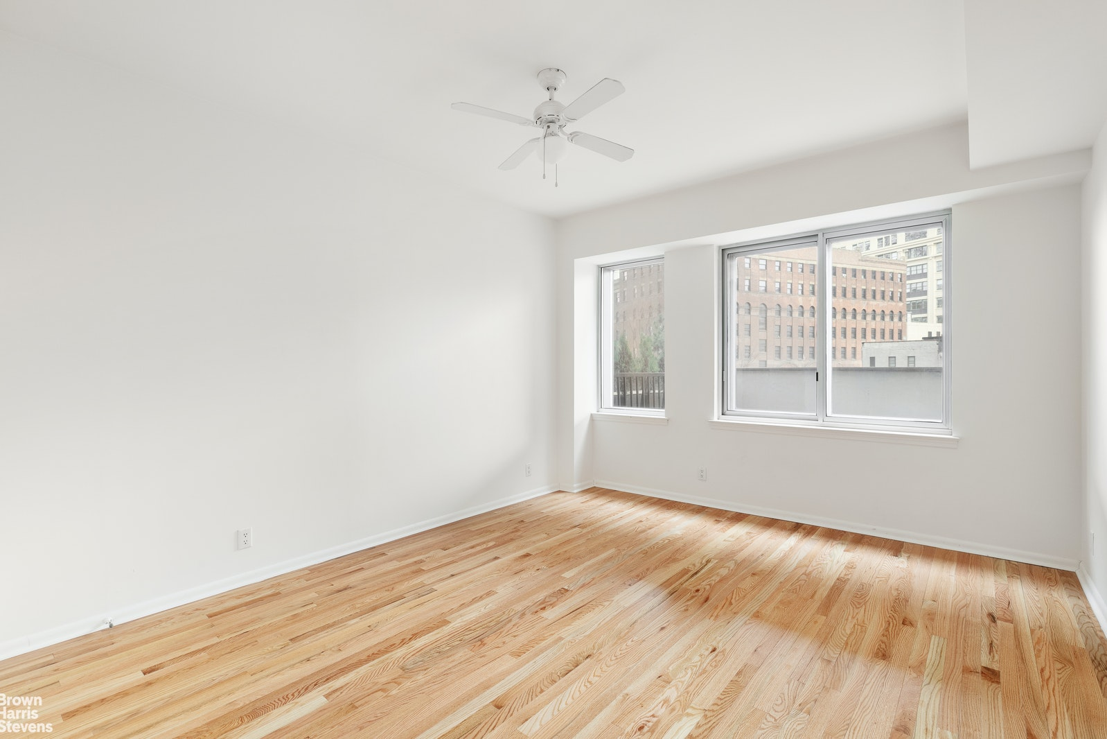 133 WATER STREET, Dumbo, $799,000, Web #: 20537715