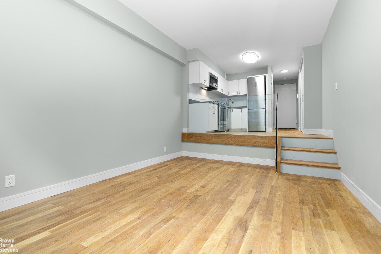 211 THOMPSON STREET 2K, Greenwich Village, $499,000, Web #: 20543798