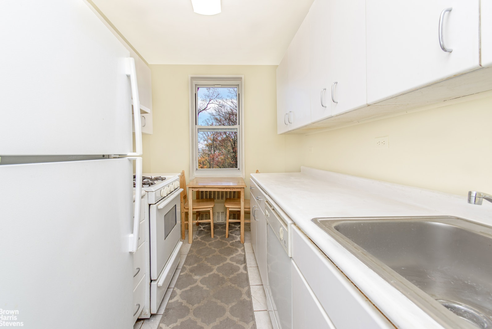 Apartment for sale at 3901 Independence Avenue, Apt 4H